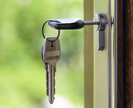 Jak wybrać kredyt hipoteczny dla siebie? Uniwersalne kwestie do przemyślenia.