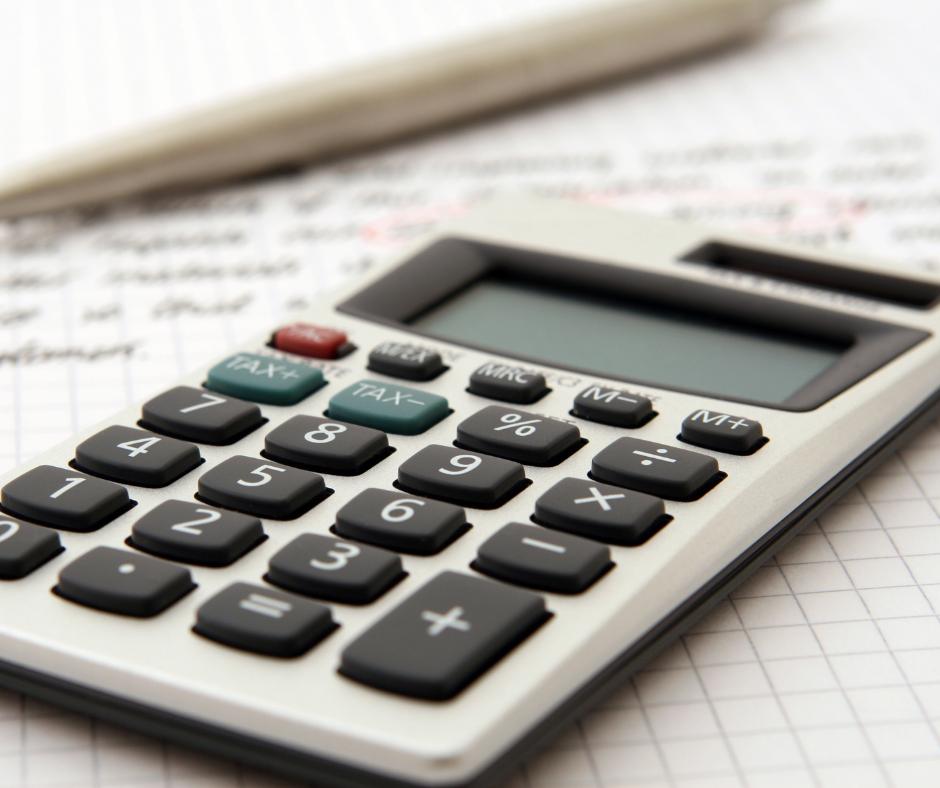 Jak zmniejszyć ratę kredytu? Odpowiada doradca kredytowy - Janusz Grabowski